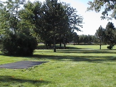 Two Rivers Park, Main course, Hole 10 Tee pad