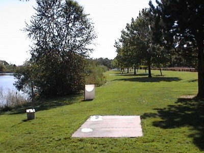Two Rivers Park, Main course, Hole 12 Tee pad