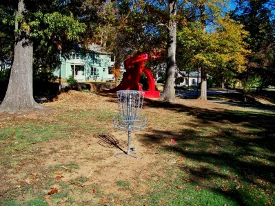 Perkerson Park, Main course, Hole 2 Putt