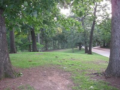 Perkerson Park, Main course, Hole 3 Tee pad
