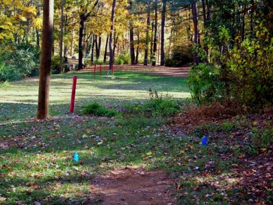 Perkerson Park, Main course, Hole 8 Long tee pad
