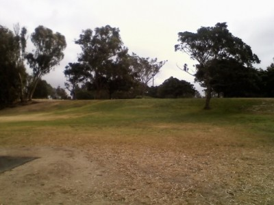Huntington Beach Central Park, Main course, Hole 14 Tee pad