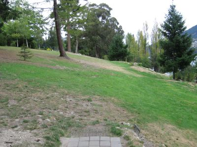Queenstown Gardens, Main course, Hole 4 Tee pad
