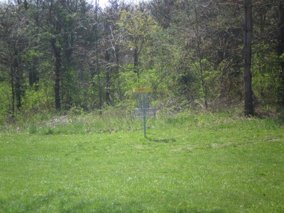 Boettler Park, Boettler park, Hole 2 Midrange approach