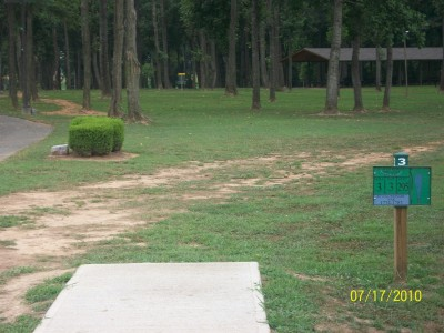 War Memorial Park, Main course, Hole 3 Tee pad