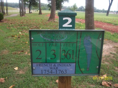 War Memorial Park, Main course, Hole 2 Hole sign