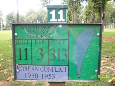 War Memorial Park, Main course, Hole 11 Hole sign
