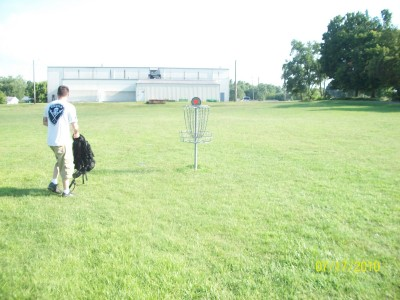 North Drive Park, Main course, Hole 8 Putt