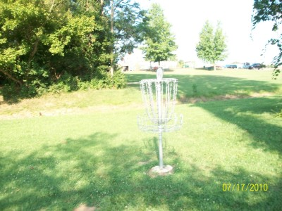 North Drive Park, Main course, Hole 7 Putt