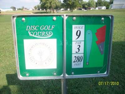 North Drive Park, Main course, Hole 9 Hole sign