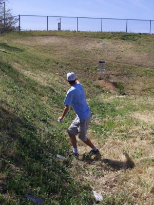 Cal State University San Marcos, Cal State San Marcos DGC, Hole 1 Short approach