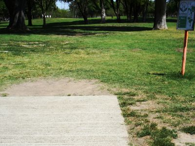 El Dorado Park, Main course, Hole 14 Tee pad