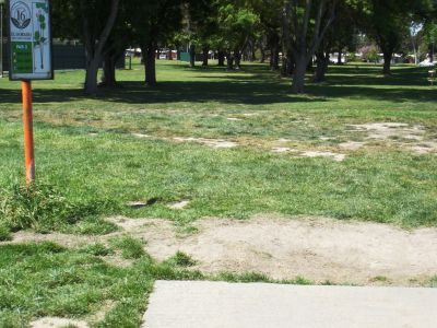 El Dorado Park, Main course, Hole 16 Tee pad