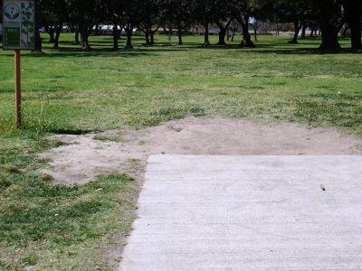 El Dorado Park, Main course, Hole 7 Tee pad
