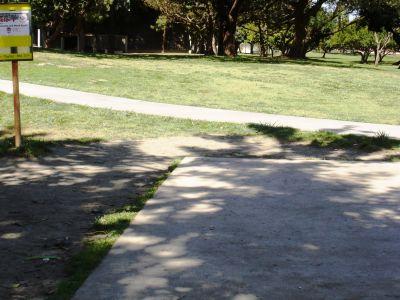 El Dorado Park, Main course, Hole 1 Tee pad