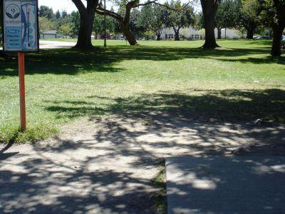 El Dorado Park, Main course, Hole 9 Tee pad