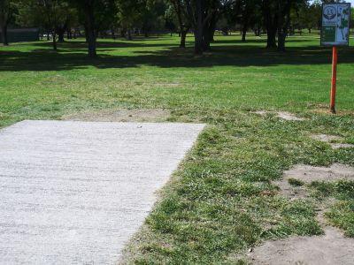 El Dorado Park, Main course, Hole 13 Tee pad