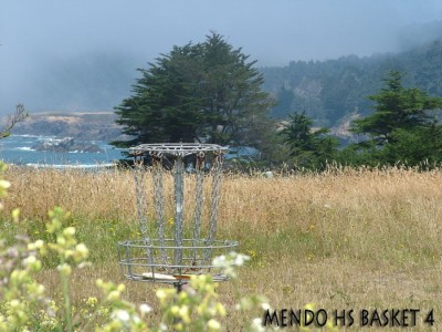 Mendocino High School, Main course, Hole 4 Putt