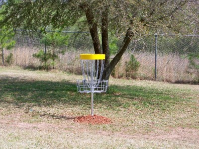 Mathews Park, Main course, Hole 9 Putt