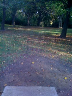 Estabrook Park, Main course, Hole 11 Long tee pad