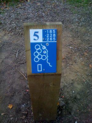 Estabrook Park, Main course, Hole 5 Hole sign