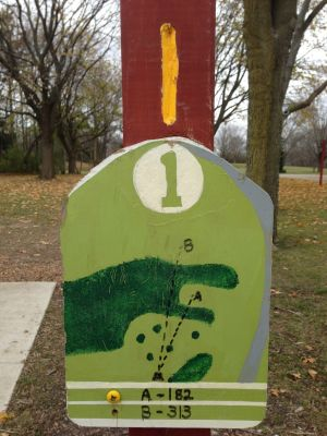 Fox River County Park, Grey Fox, Hole 1 Tee pad