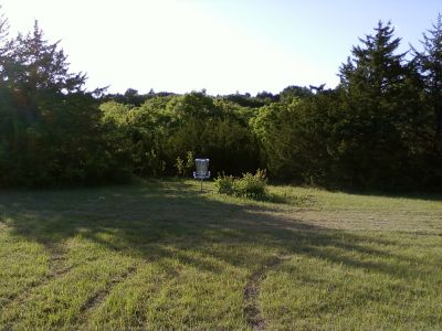 Warner Park, Main course, Hole 4 Short approach
