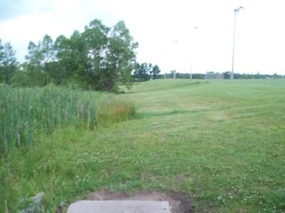 Fay Clark Park, Main course, Hole 17 Tee pad