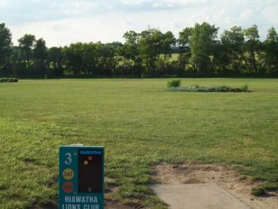 Fay Clark Park, Main course, Hole 3 Tee pad