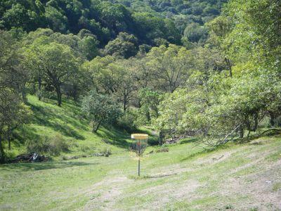 Skyline Wilderness Park, Main course, Hole 15 Short approach