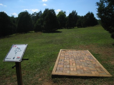 Falling Creek Park, Main course, Hole 11 Tee pad