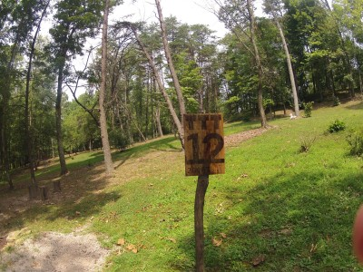 The Timberdoodle Thicket, Main course, Hole 12 Tee pad
