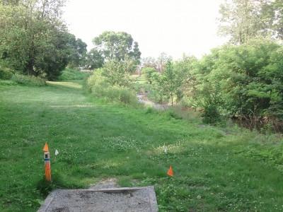 Angelica Park, Main course, Hole 6 Tee pad