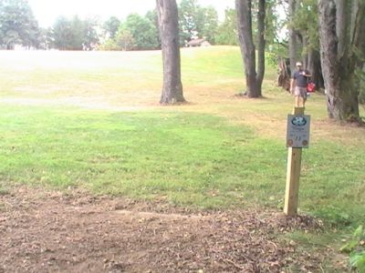 Wingfoot Lake State Park, Main course, Hole 11 Tee pad