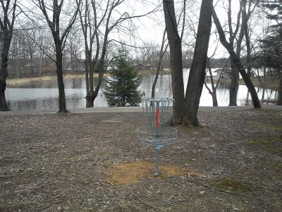 Wingfoot Lake State Park, Main course, Hole 5 Short approach