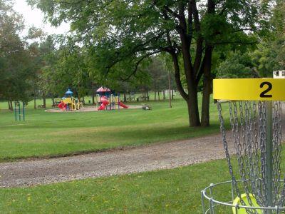 Cedarvale Park, Main course, Hole 2 Reverse (back up the fairway)