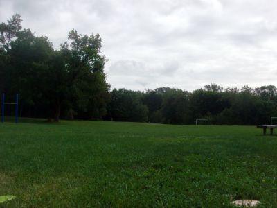 Cedarvale Park, Main course, Hole 4 Tee pad