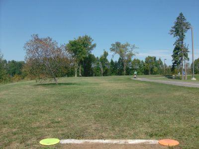 Birch Point Park, Main course, Hole 5 Tee pad