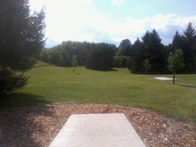 Lower Cato Falls County Park, Main course, Hole 1 Long tee pad