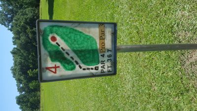 Flanacher Park, Main course, Hole 4 Hole sign