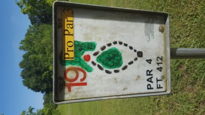 Flanacher Park, Main course, Hole 19 Hole sign
