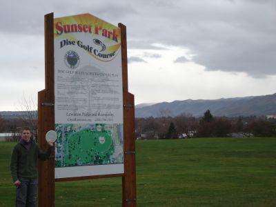 Sunset Park, Main course, Hole 1