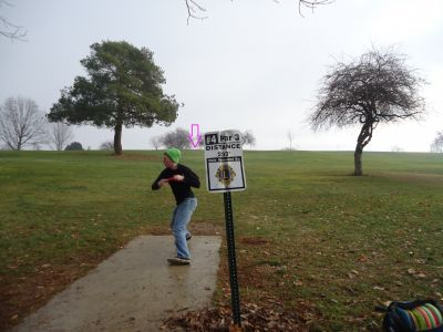Sunset Park, Main course, Hole 4 Tee pad
