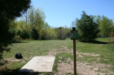 Cadyville Recreation Park, Cadyville DGC, Hole 5 Tee pad