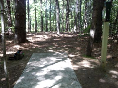 Cadyville Recreation Park, Cadyville DGC, Hole 9 Tee pad