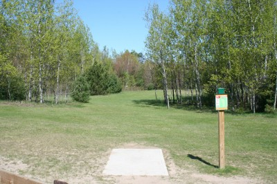 Cadyville Recreation Park, Cadyville DGC, Hole 1 Tee pad