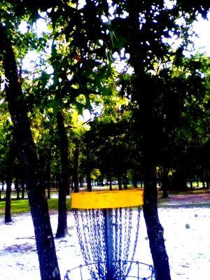 Ronnie Van Zant Memorial Park, Main course, Hole 18 Putt