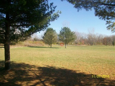 Fairborn Community Park, Handyman Ace Hardware DGC, Hole 5 Short tee pad