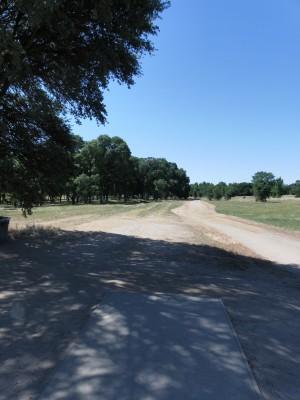 Rocklin Disc Golf Course, Main course, Hole 14 Tee pad
