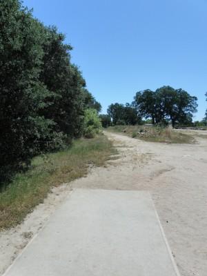 Rocklin Disc Golf Course, Main course, Hole 17 Tee pad